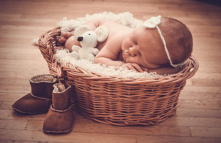 Choisir le mobilier pour la chambre de bébé : comment faire ?
